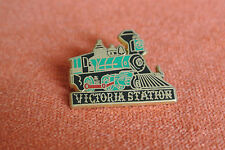10651 PINS PIN'S BALLARD TRAIN LOCOMOTIVE VICTORIA STATION WAGON RESTAURANT