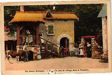 CPA  Ma douce Bretagne - Un coin de village dans le Finistére    (206226)