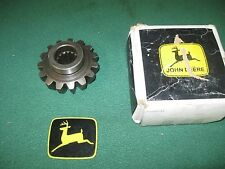 NEW OEM JOHN DEERE COMPACT TRACTOR MFWD SPINDLE GEAR M804193 970,1070,990,4005