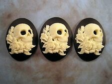 40x30mm Skull With Roses Cameos (3) - L858-3  Jewelry Finding