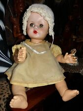 """VINTAGE 20"""" BABY DOLL 1950s~VINYL W SLEEP EYES~Adorable Face~ Drink and Wet Doll"""
