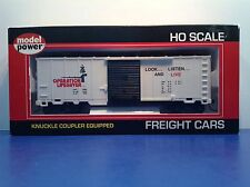 """HO Scale """"Operation Lifesaver"""" Forty Foot Freight Train Box Car / Sliding Doors"""