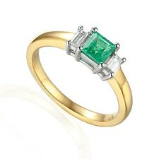 18ct Gold Emerald 0.44ct Diamond 0.16ct 3 Stone Ring