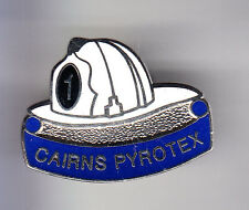 RARE PINS PIN'S .. POMPIER FIRE CASQUE JAUNE CAIRNS PIROTEX USA CANADA 2 ~CO