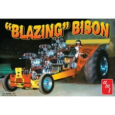 AMT Blazing Bison Puller Tractor model kit 1/25