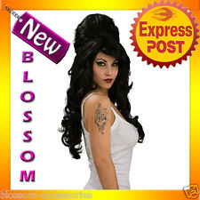 W48 Ladies Amy Winehouse Rehab Fancy Dress Costume Adult Wig