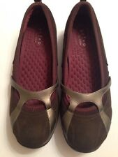 Clarks Privo Ladies Slip On Shoe Size 9.5 Quality & Comfort Excellent!!