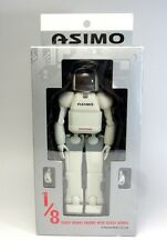 HONDA ASIMO 1/8 Scale Model Action Figure with Close Hands YX125 JAPAN