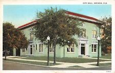 ARCADIA FLORIDA CITY HALL IN TROPICAL SEAFOAM GREEN PAINT POSTCARD c1940s