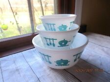 VTG Glass Nesting Mixing Bowls Set of 3  Midcentury Aqua Turquoise Kitchen Aids