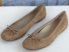 10 M | L.L. Bean Womens Tan Suede Leather Ballet Flats Driving Moccasins Shoes