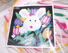 Design Works BUNNY and Tulips Wall Hanging Plastic Canvas Kit