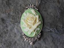 GORGEOUS PALE YELLOW ROSE CAMEO BROOCH- PIN- (GREEN) - FLORAL, ROSE BUD