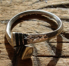 Niger  Tuareg metal and ebony hand engraved  ring with square ends UKO1/2