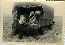 PHOTO ANCIENNE - VINTAGE SNAPSHOT - TRAVAIL CAMION PAYSAN PATATES - WORK TRUCK