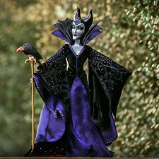 DISNEY Store Maleficent Limited Edition doll sleeping beauty. esaurita