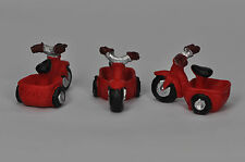 1 miniature CUTE RED TRI-CYCLE for dollhouse / terrarium garden ornament
