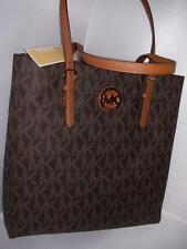 NEW MICHAEL KORS LADIES LEATHER HAND BAG LG NS TOTE BROWN COLOR.