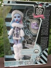 Monster High Doll  - Abbey Bominable - Shiver  2011 First Wave Excellent Cond