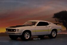 1969 69 FORD MUSTANG MACH 1 DIECAST MODEL COLLECTIBLE DIORAMA 1/64 SCALE