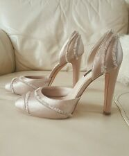 BNWOB RRP £150 BEIGE NUDE SATIN HIGH HILLS SHOES BY BCBG MAXAZRIA