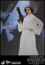 1/6 Star Wars Princess Leia Movie Masterpiece by Hot Toys 902490