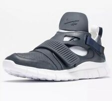 New NIKE FREE HUARACHE CARNIVORE OBSIDIAN NAVY BLUE-WHITE SZ 11.5 801759-413 Hot