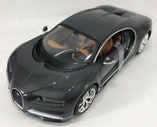 Maisto - 31514 - Bugatti Chiron Scale 1:24 - Grey & Black
