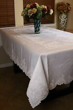 Elegantlinen Embroidered Embroidery Tablecloth With Napkins 72x108 *White/Beige