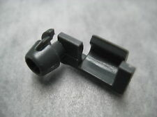Trunk Lid Lock Rod Lower Clip for Mazda 929 - One Piece - Ships Fast!