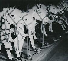 Magasin de Jouets c. 1950 - Chevaux de Bois à Roulettes - Div 6742