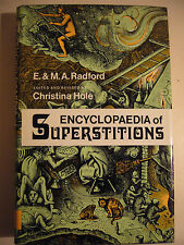 ENCYCLOPAEDIA OF SUPERSTITIONS M.A. RADFORD  (ENCICLOPEDIA SUPERSTIZIONI)
