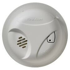 First Alert Smoke Alarm with Long Life Lithium Battery