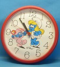 Schlumpf rote WAND UHR MOTIV Schlumpffine + Baby clock pendule 23 cm