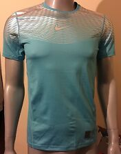 nNike pro hypercool T Shirt Bnwt Size Medium