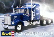Revell Monogram Kenworth W900 cab & Chassis model kit  1/25