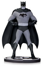 Batman Black & White By Dick Sprang Statue - DC COLLECTIBLES