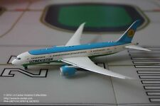 Phoenix Model Uzbekistan Airlines Boeing 787-8 Dreamliner Diecast  Model 1:400