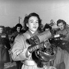 WW2 Photo WWII  Female US Marine with Gas Mask  MCWR 1944  USMC / 1466