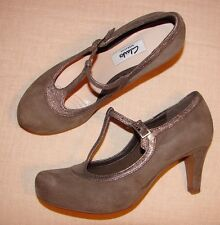 """Chorus Thrill""Clark's Women's/Girls Taupe Combi Shoes size 4.5 D."