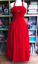 TRUE VINTAGE 1940s 1950s RED VELVET EVENING BALL PROM DRESS SIZE 8 STUNNING