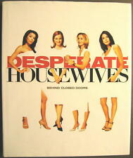 DESPERATE HOUSEWIVES - BEHIND CLOSED DOORS - BUCH