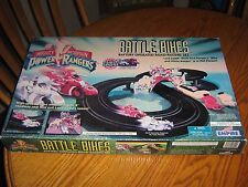 1995 POWER RANGERS BATTLE BIKES BATTERY OPERATED ROAD RACING SET MIB! EMPIRE.