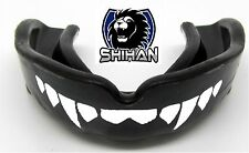 DRACULA TEETH 'FANGS' BLACK Boxing Football Gum Shield Mouth Guard - Senior