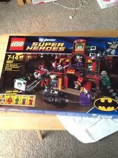 LEGO #6857 Super Heroes DC Universe The Dynamic Duo Funhouse Escape Set