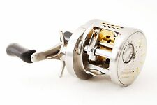 SHIMANO CALCUTTA CONQUEST 200DC Right handed reel USED from Japan #B509