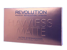 Make Up Revolution paleta de 32 sombras para ojos Flawless Matte
