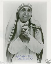 MOTHER TERESA Signed Photograph - Nun / Humanitarian