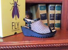 Fly London Yile Perf Pig Skin Leather Wedge Women's Size 39 Shoes Khaki Black