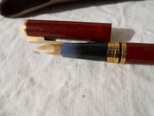 Stylo Waterman laque bordeaux plume or 18 k